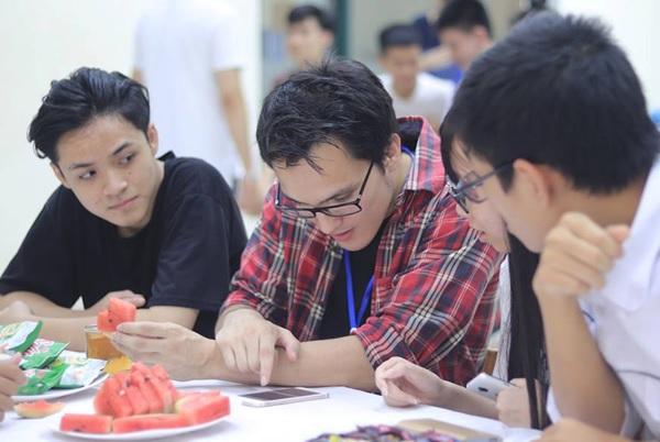 Truong-he-DPT-2018-1